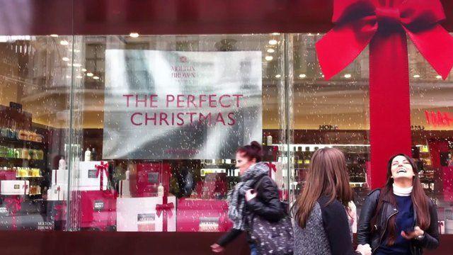 Molton Brown Regent Street gets all Xmassy on Vimeo