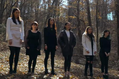 """Six Sisters Sing """"Mary, Did You Know?"""" In Acapella Cover 