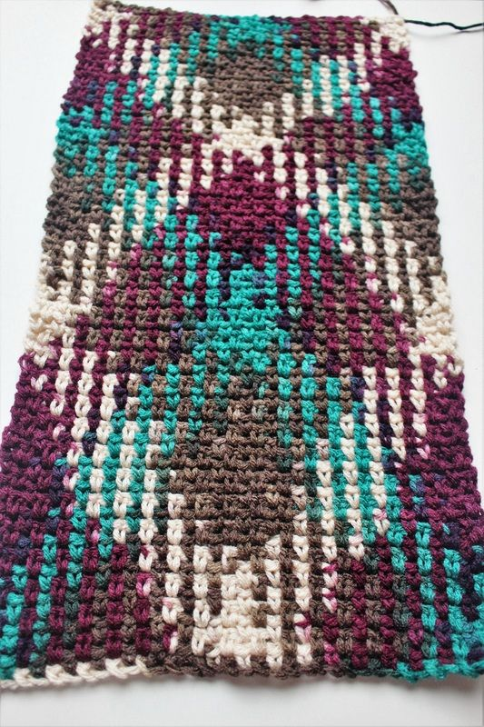Argyle Crochet - A complete list of yarns that work with this technique, including pictures.