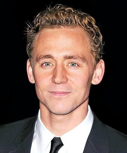 The Hiddles in his natural state.