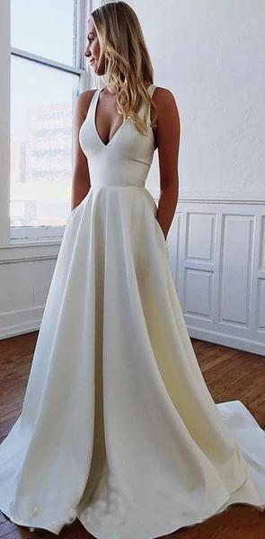 Photo of Benutzerdefinierte einfache tiefe V-Ausschnitt lange A-Linie hochwertige lange elegante Brautkleider, WD0339