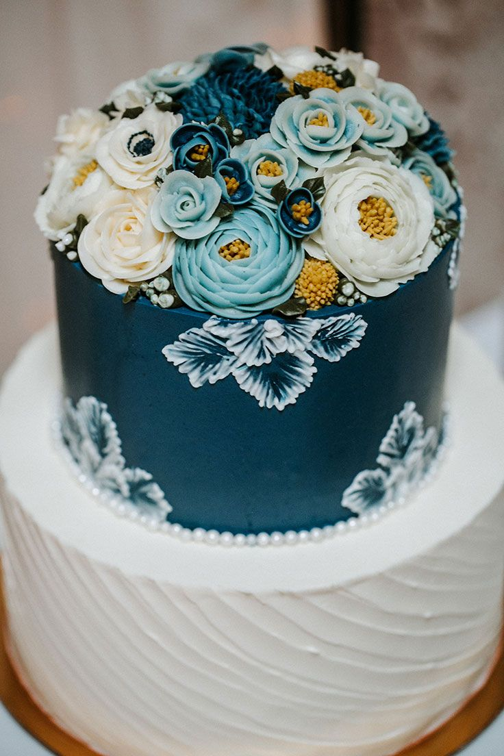 Elegant Wedding Event Inspired by Cyanotype Blues #cakedesigns