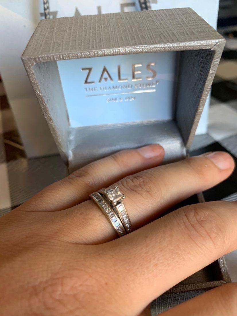 Zales Jewelers Men's Rings : zales, jewelers, men's, rings, Bought, Zales., Beautiful., Appraised, 00., Gain., Sell., Price, Negotiab…, Zales, Rings,, Wedding, Sets,