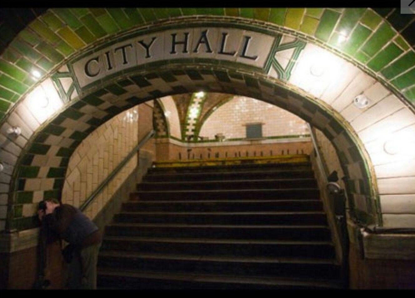 Old NYC subway Nyc subway, City hall station