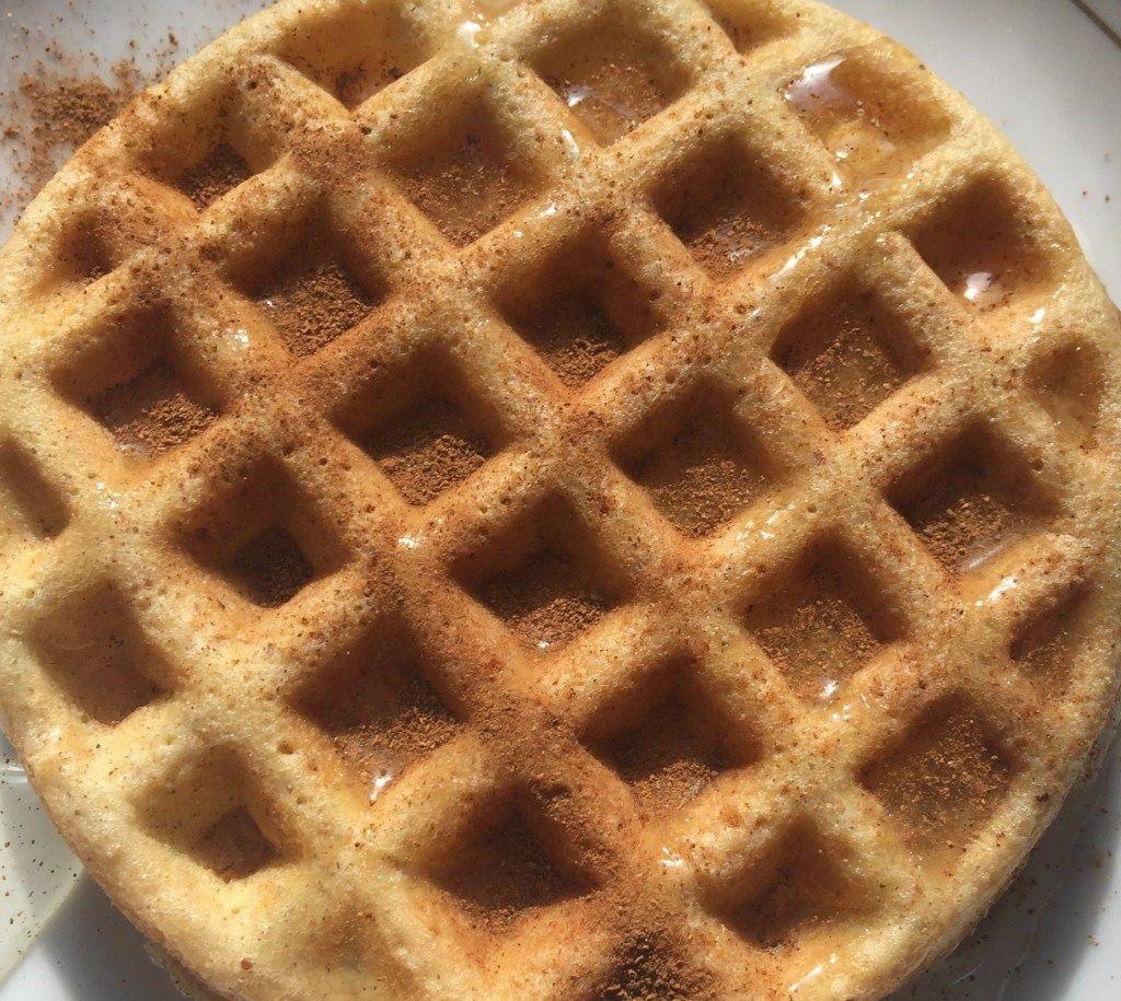 Flourless keto waffles keto waffle dairy free pancakes