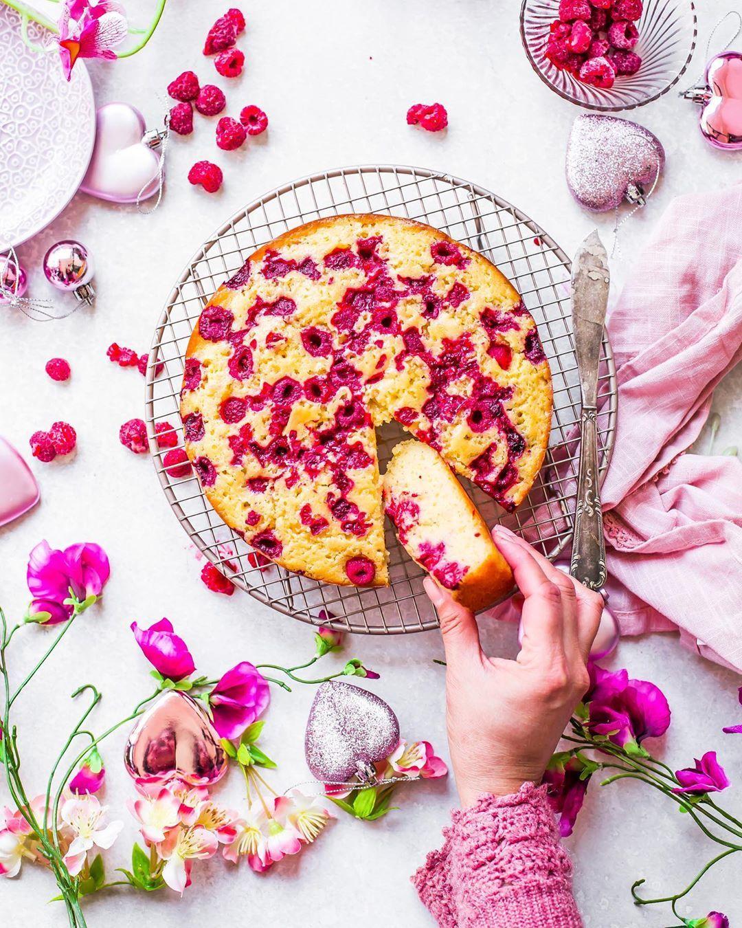 #cake #art #fondantart #specialtycakes #cakedecorator #cakevideo #caketutorial #instacake #cakeart #cakeoftheday #cakeartist #kek #birthdaycake #pastry #cakeboss #kekc