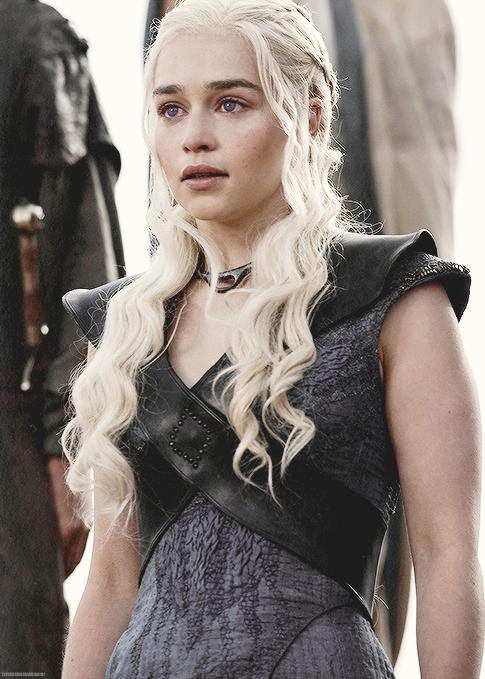 10171233 371417476385918 8395346942081071442 N Png 485 679 Emilia Clarke Daenerys Targaryen Daenerys Targaryen Hd