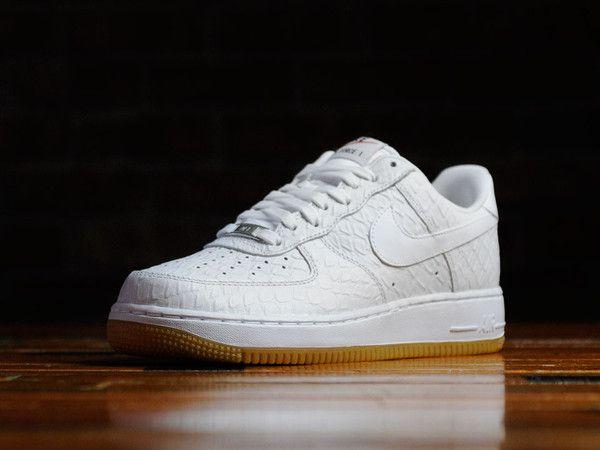 Men s Nike Air Force 1  07  98a486b8ac7e