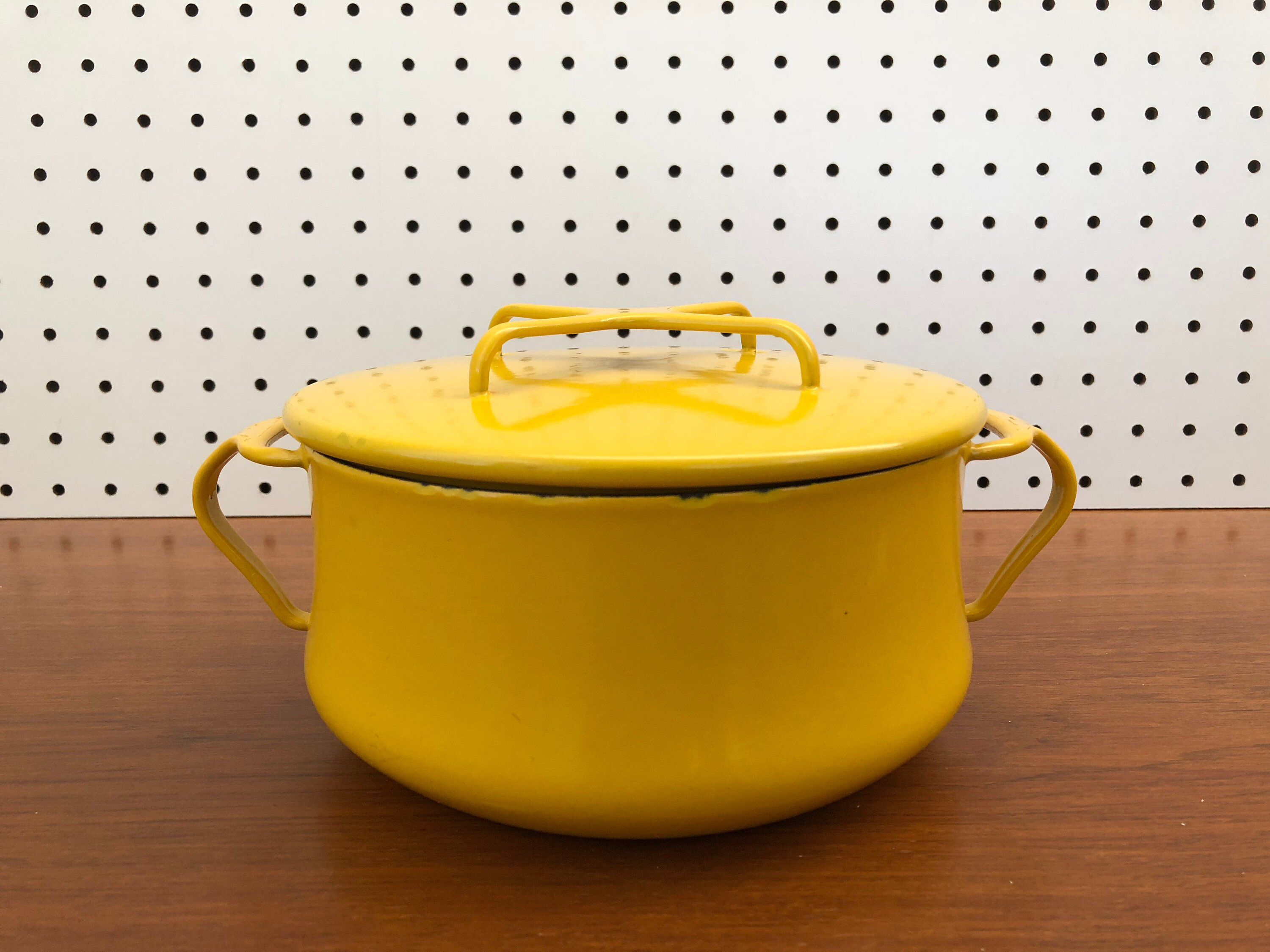 Excited To Share This Item From My Etsy Shop Dansk Kobenstyle 3 Quart Yellow Enamel Pot Dutch Oven Jens Quistgaa Oven Design Yellow Enamel Jens Quistgaard