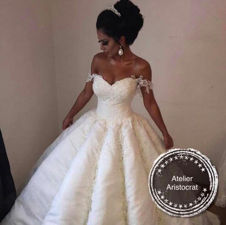 Pin von kis Roxana auf bride | Prinzessin kleid hochzeit ...