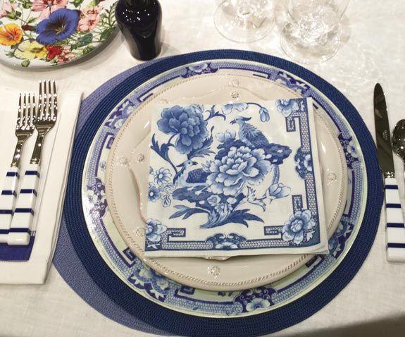 Caspari Blue and White Floral Printed Paper Dinner Plates Wholesale 12450DP & Caspari Blue and White Floral Printed Paper Dinner Plates Wholesale ...