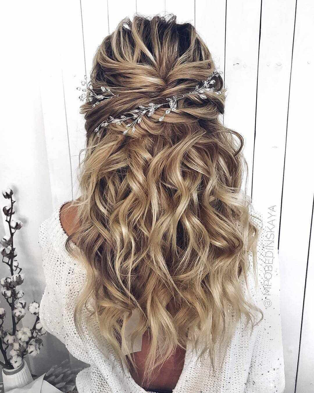 Top 40 Best Wedding Hairstyles For Long Hair 2019 Eazy Vibe Wedding Hairstyles For Long Hair Veil Hairstyles Long Hair Styles