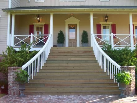 Photo of HGTV's Dream Home 2004 has wonderfully relaxing exterior spaces,