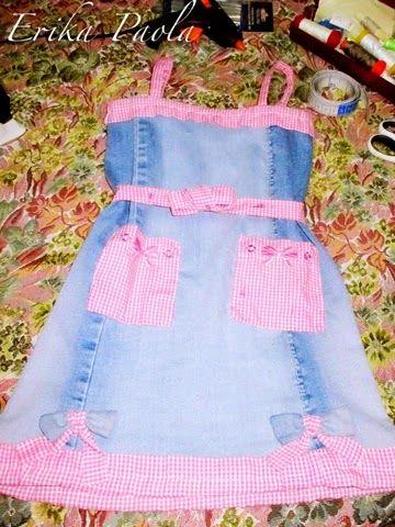 88443bd877 Erika Paola  Vestido de niña a partir de un Jean reciclado.