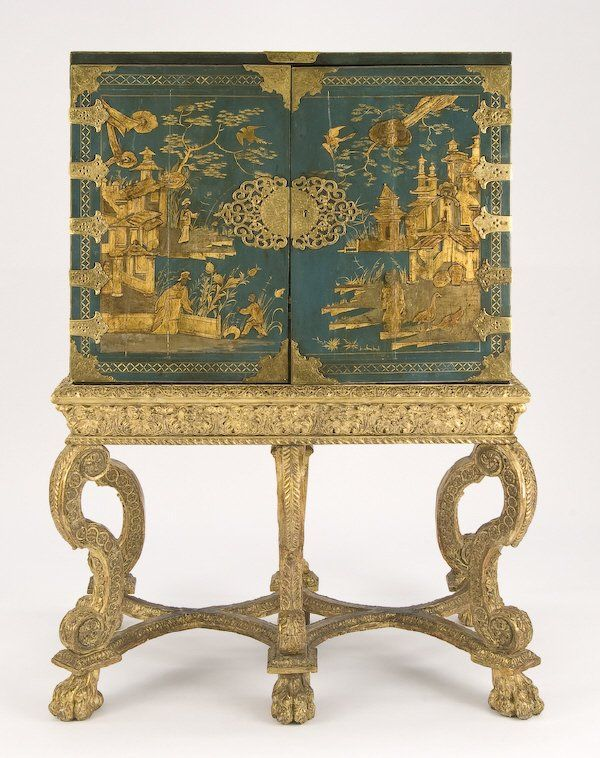 170  William and Mary chinoiserie cabinet on carved   Lot 170 ... 27b4509cc8