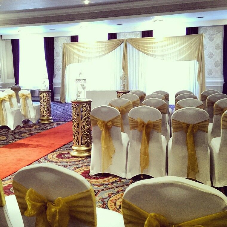 Civil Cermony In The Queens Hall At Mercure Leicester The Grand
