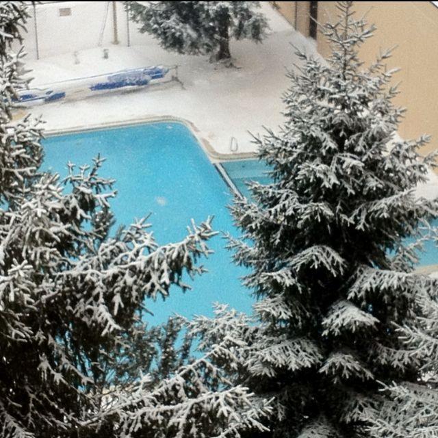 Swimming when it snows :)