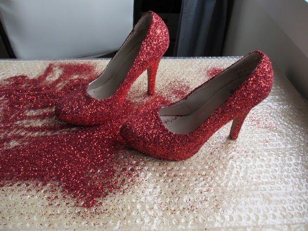 7ed89860e Sapatos Dorothy, Sapato Com Glitter, Glitter Vermelho, Fazer Sapatos,  Chinelos Customizados,