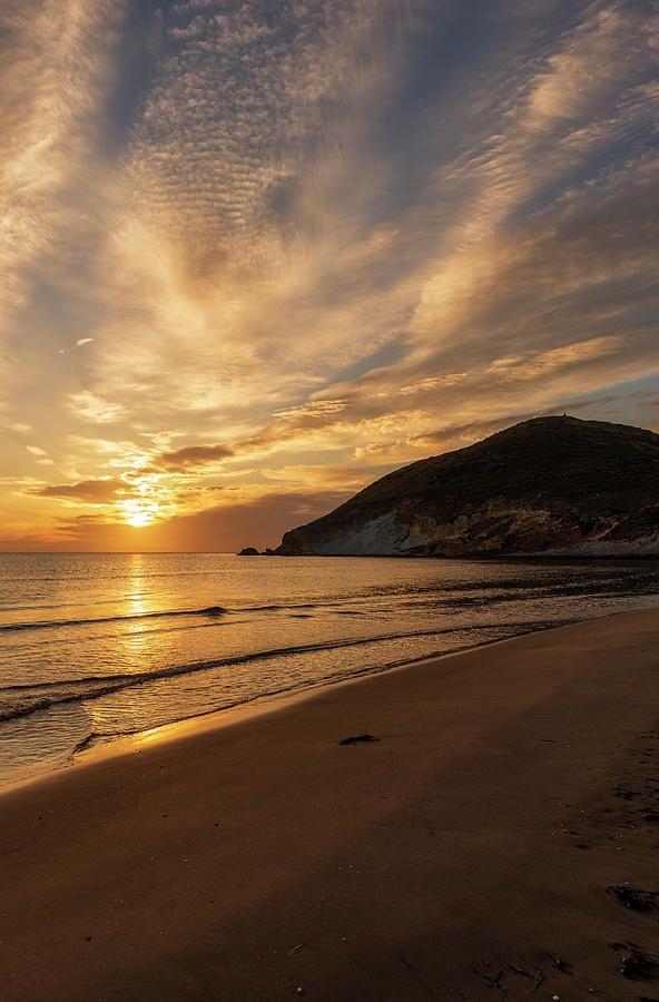 La playa de los genoveses al amanecer
