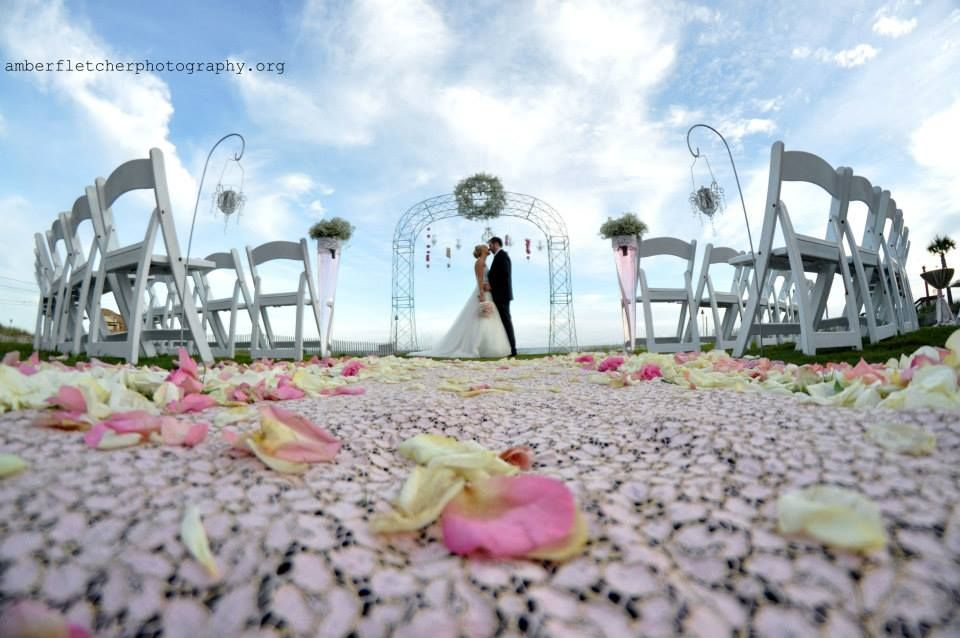 Destin Florida Beach And Destination Wedding Planner With White Sand Weddings Photography By Amber Fletcher