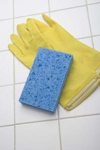How To Remove Old Caulk With Vinegar Cleaning Bathroom Tiles