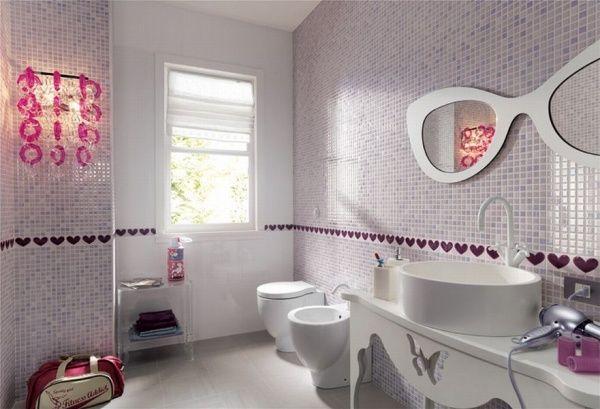 Mosaikfliesenbadezimmerhellrosaweißmädchenlookwandspiegel - Rosa mosaik fliesen