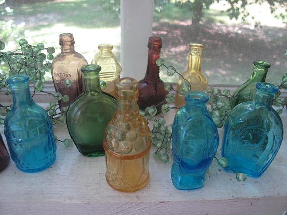 $18.00- Instant Collection of Miniature Glass Bottles