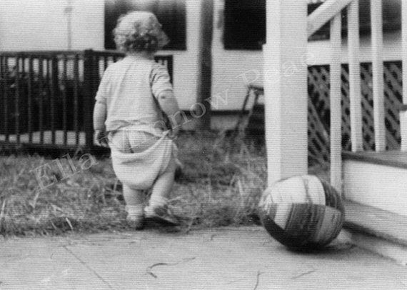 Reproduction Vintage Photograph Droopy Diaper 5 x 7 Black & White