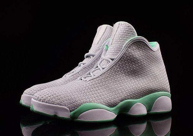 Jordan Horizon GG Platinum Green Glow