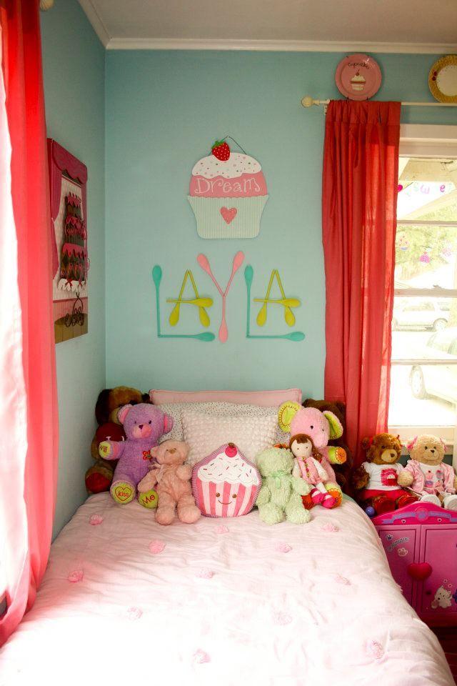 Cupcake Bakery Bedroom Layla S Headboard Cupcake Bedroom