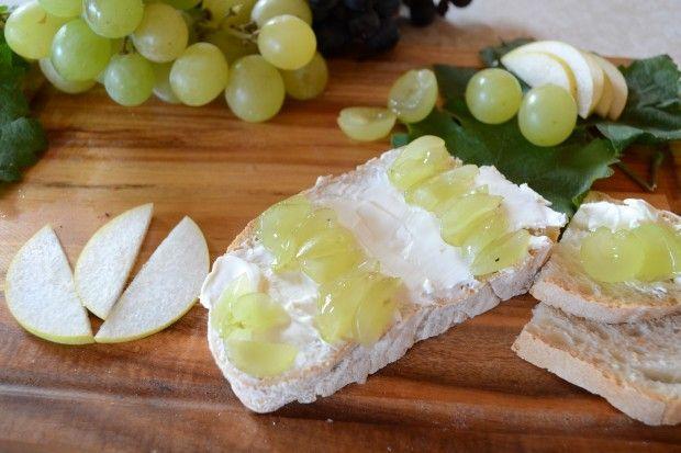 #Crostini di #uva bianca! | Diari di Vitae #wine #food