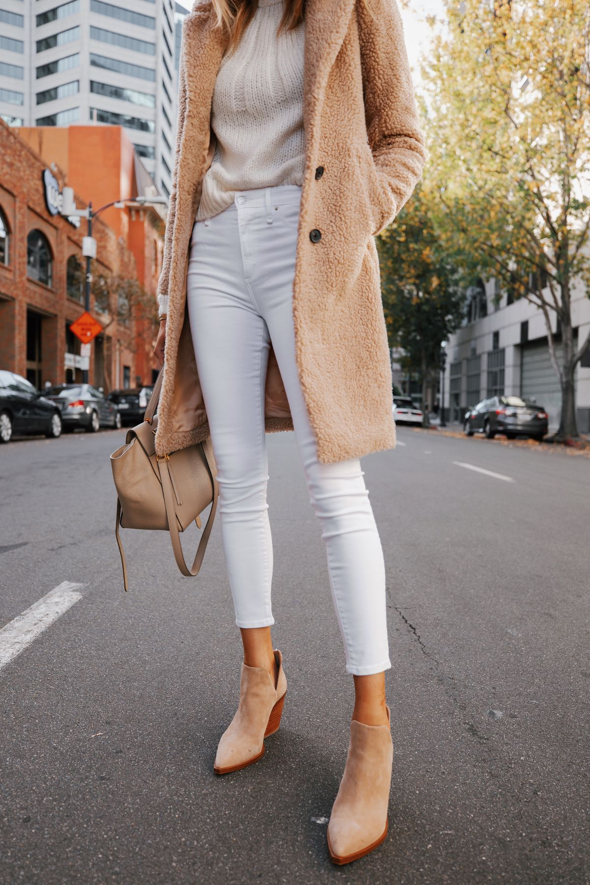 How to Wear White Skinny Jeans in Winter | Fashion Jackson