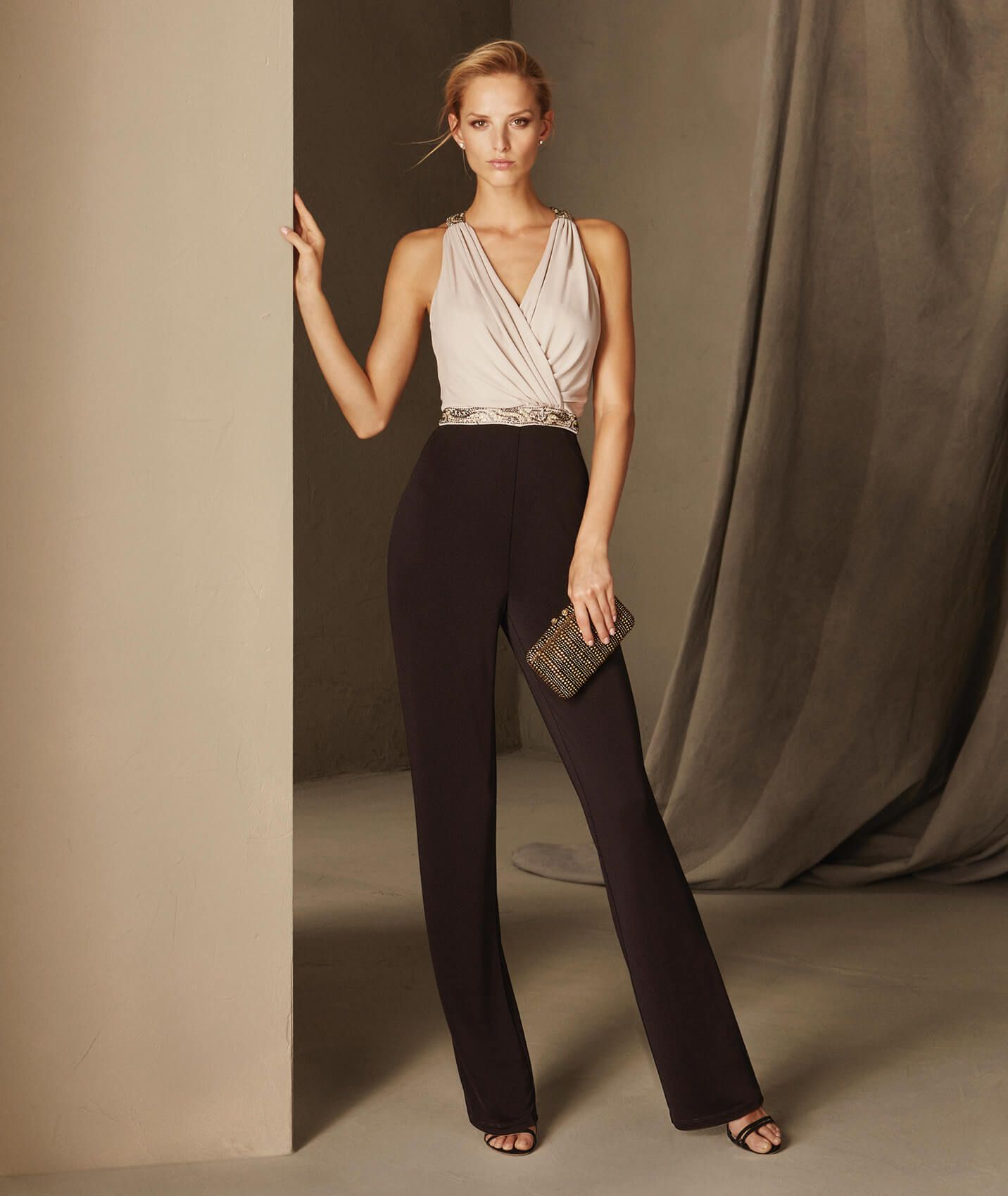 ad0ce97cdd BRUNA - Cocktail jumpsuit with a crew neckline on the back and a V ...