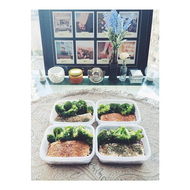 Lunches prepped and ready for #kaylaitsines #bbg week 1! Cumin chili and lemon dill baked salmon, lemon pepper and garlic broccoli on a bed of quinoa. Simple, clean and yummy!  #thekaylamovement #cleaneats #mealprep #fitlife #fitness #food #lunch #fitfam #fitspo #kaylasarmy #Padgram