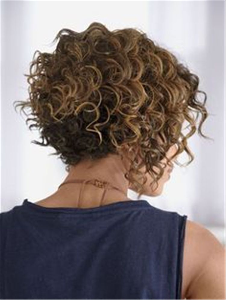Short Curly Thick Hairstyles Trend In 2019 Short Curly Haircuts Curly Hair Styles Thick Hair Styles