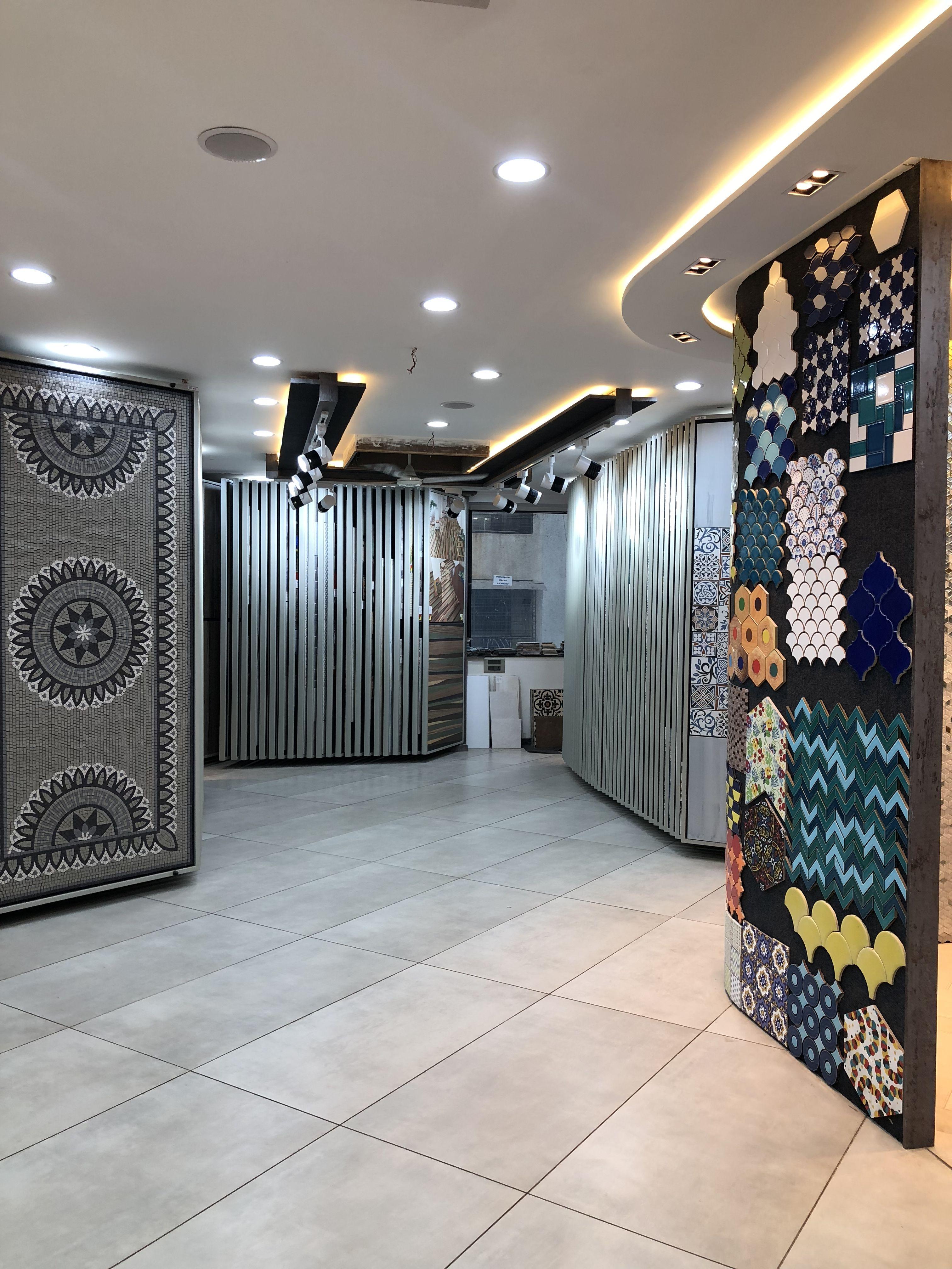 ceramics tile display showroom design