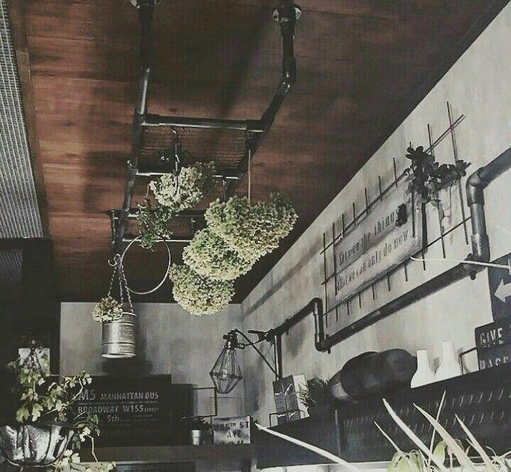 塩ビパイプで簡単かっこいい天井ラダーをつくろう 天井 水道管