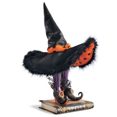 Spells Display - Grandinroadvery cool Halloween Pinterest - witch decorations