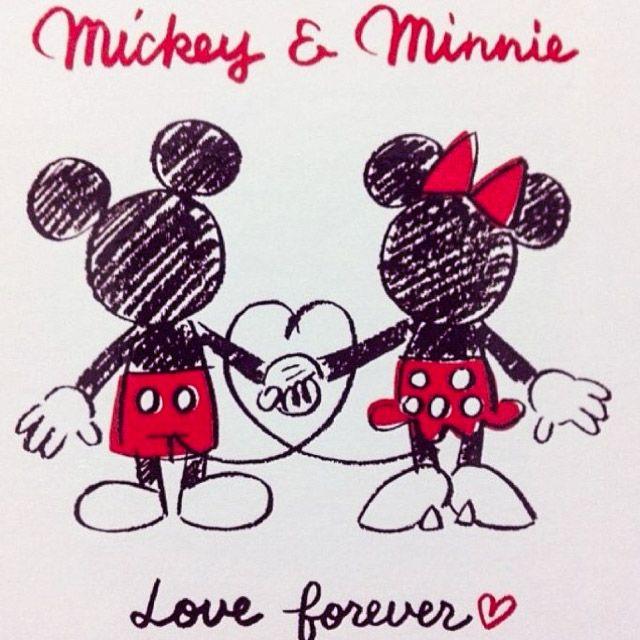 Mickey Minnie Com Imagens Minnie Desenho Imagens Disney