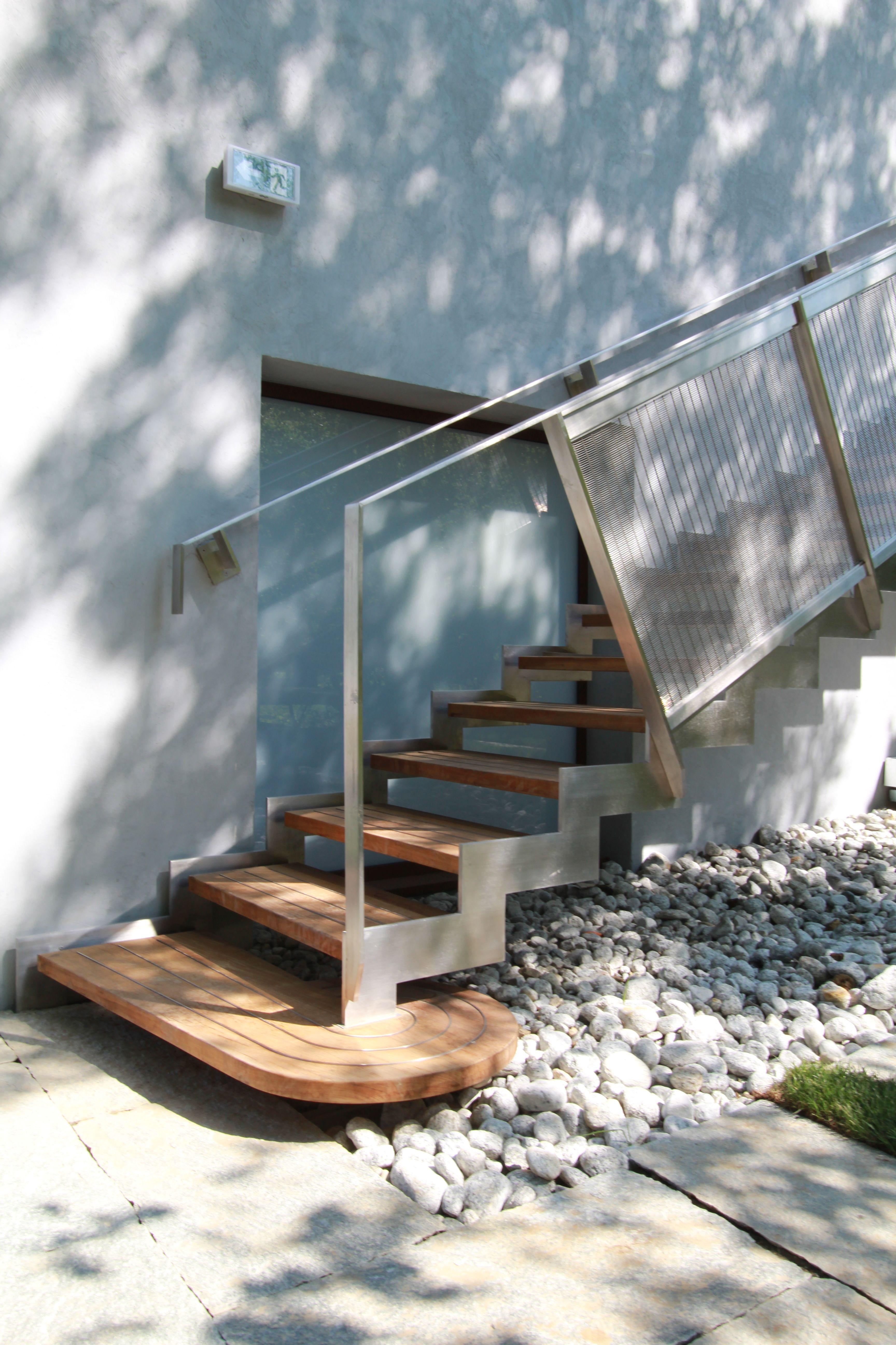 Antidérapant Pour Escalier En Bois entreprise de ferronnerie et serrurerie décorative