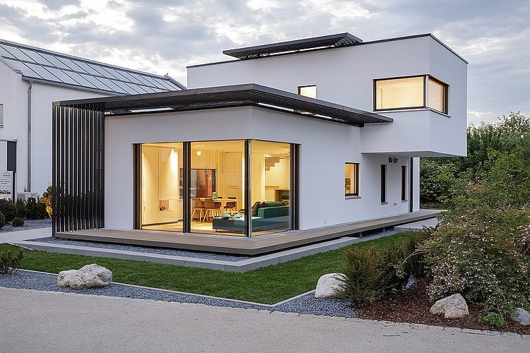 Luxhaus in Poing Musterhaus | Luxhaus | House design ...