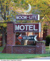 Moon-Lite Motel sign, Versailles, Indiana, ca. 2010 #boulderinn