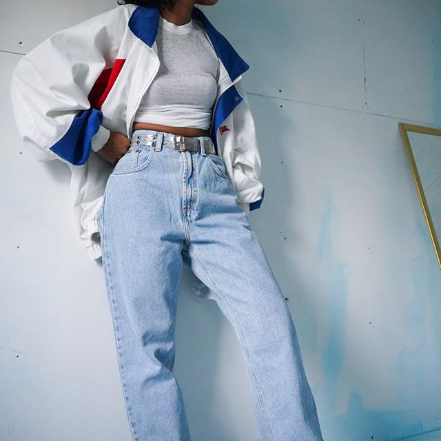 Masha Jlynn On Instagram Sold Vintage 90s Light Wash Ck Jeans For A 28 29 Waist Shown Oversized And Cin Fashion Inspo Outfits 90s Fashion Outfits Clothes