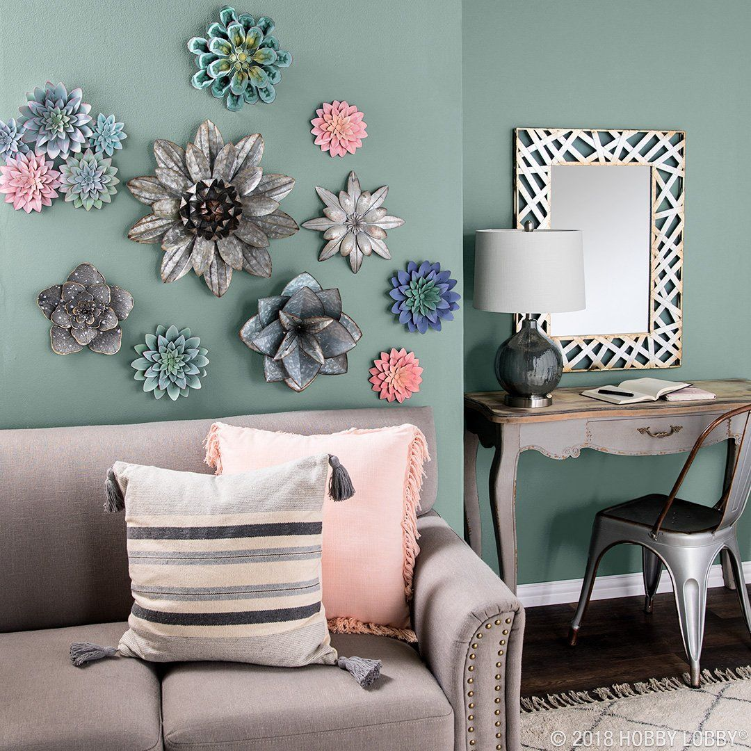 Add Major Flair To Your Walls With Intricate And Elegant Metal Flowers Wall Decor Arrangements Wall Decor Living Room Decor