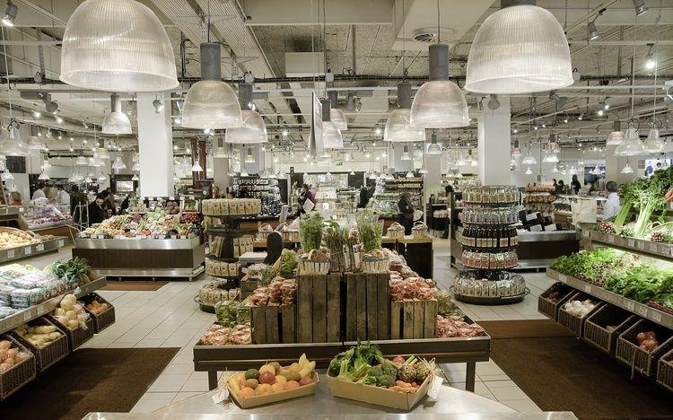 Chefanie's Favorite Food Stores: Epicerie at Le Bon Marché, Photo by Familin' Paris