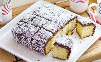 Περιβόλι της Παναγιάς: Πανεύκολο κέϊκ Lamington με επικάλυψη σοκολάτας- ινδοκάρυδου