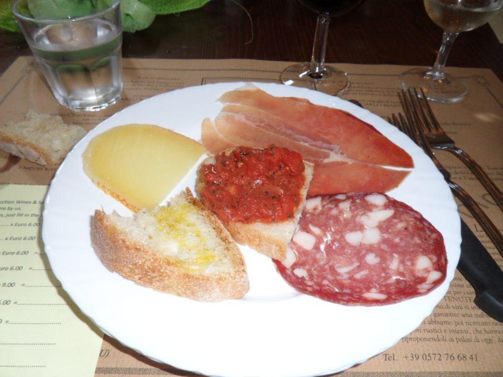 Tuscany antipasto plate: perfecto!