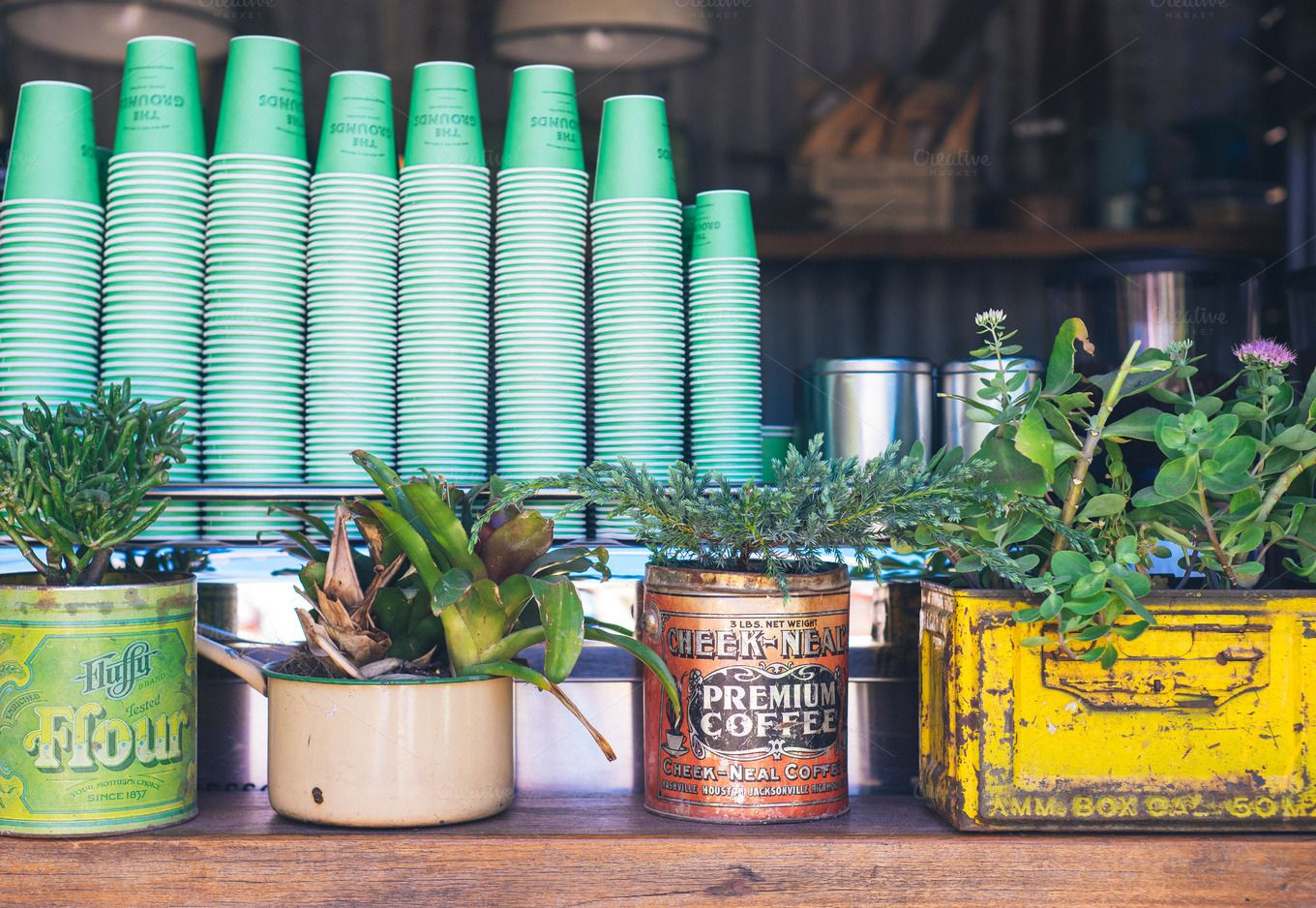 Vintage Hipster coffee bar | Hipster coffee, Vintage hipster and Bar