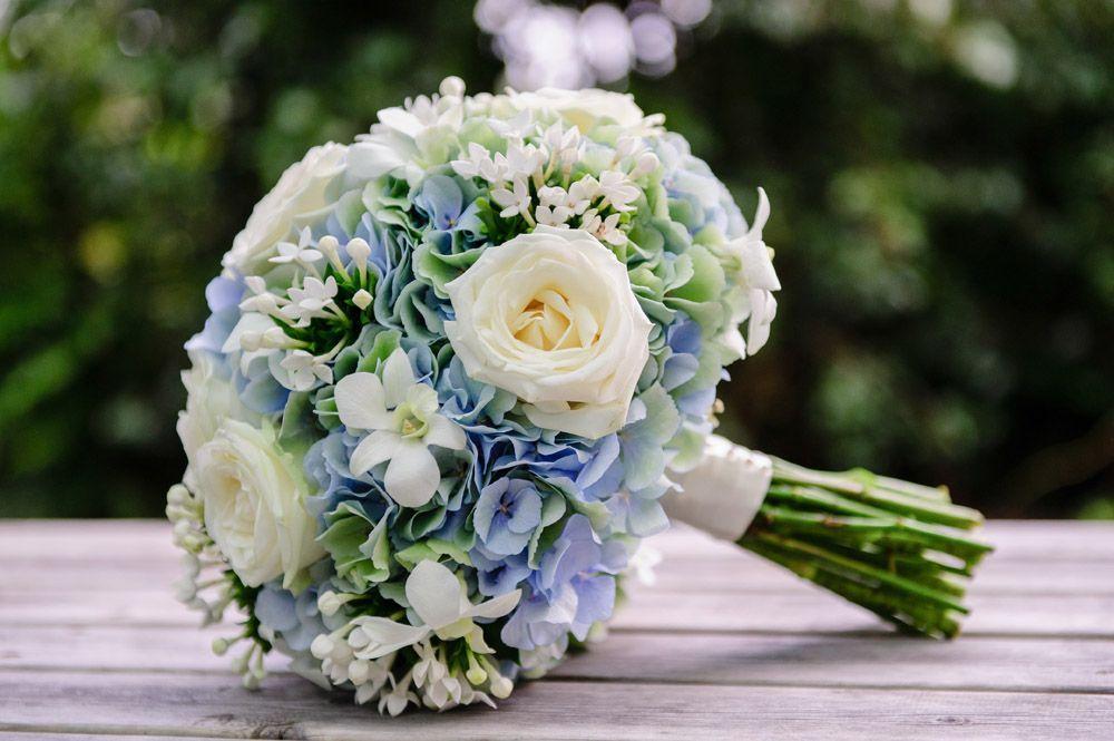 Brides Bouquet - Cornwall Wedding Flowers - Tracy Q -