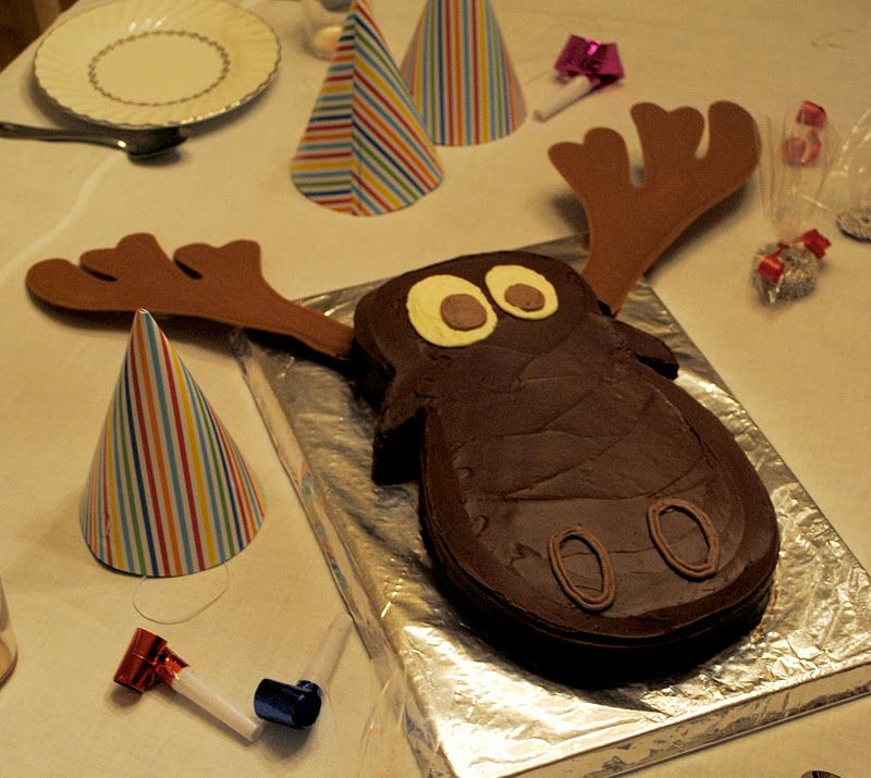 Superb Moose Cake For Christians Alaskan Themed Birthday Party Moose Funny Birthday Cards Online Overcheapnameinfo